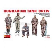 Miniart - Tankistes Hongrois