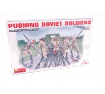 Miniart - Soldats Russes WWII