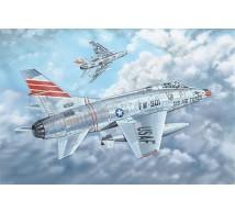 Trumpeter - F-100C Super Sabre