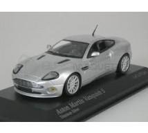 Minichamps - Aston Martin Vanquish S Argent