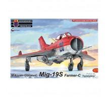 Kp - Mig-19S Aerobatics
