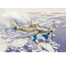 Trumpeter - Ju-87B-2 / U4 & Skis