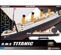 Academy - Titanic 1/1000