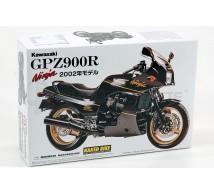 Aoshima - Kawaxaki GPZ-900R 2002