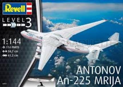 Revell - An-225 Mrija & Stand