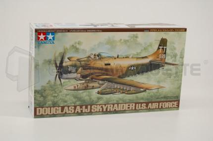 Tamiya - A-1J Skyraider USAF