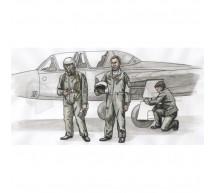 Cmk - Fouga pilots & mechanic