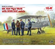 Icm - DH 82A Tiger Moth & RAF Cadets
