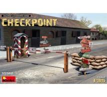 Miniart - WWII Checkpoint