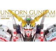 Bandai - PG Rx-0 Unicorn (0194365)