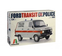 Italeri - Ford Transit UK Police