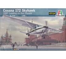 Italeri - Cessna 172 landing on Moscow