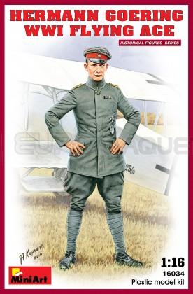 Miniart - H Goering WWI Pilot 120mm