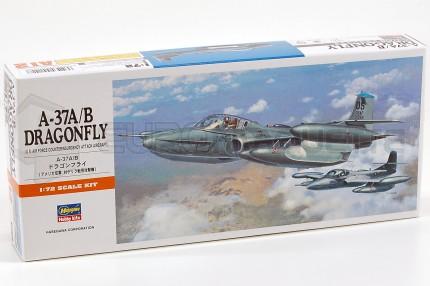 Hasegawa - A-37 A/B Dragonfly