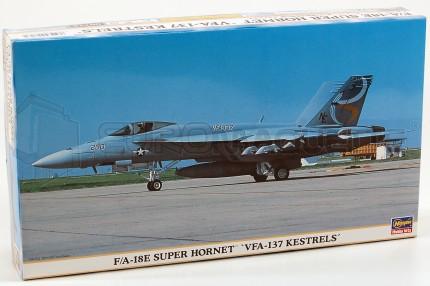 Hasegawa - F/A18-E VFA-137