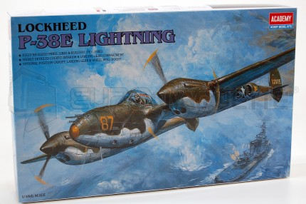 Academy - P-38E Lightning
