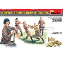 Miniart - Soviet tank crew & 85mm Ammo