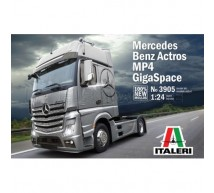 Italeri - Actros MP4 GigaSpace