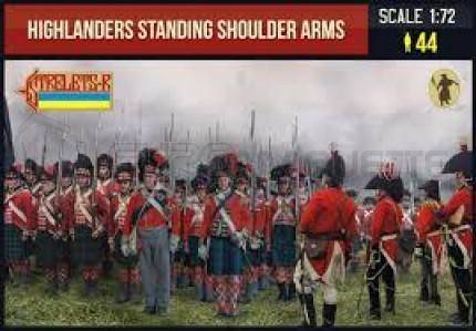 Strelets - Highlanders standing shoulder arms
