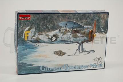 Roden - Gladiator Mk II et skis