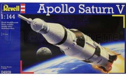 Revell - Saturn V 1/144