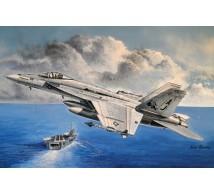 Hobby boss - F-18E USN & Maverick Top Gun