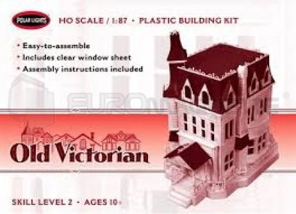 Polar light - Old Victorian house