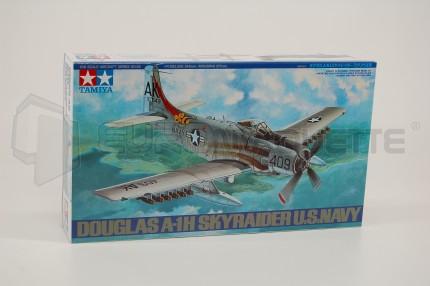 Tamiya - A-1H Skyraider NAVY