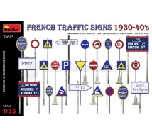 Miniart - French traffic signs 1930/40